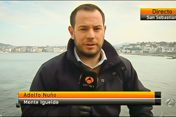 http://www.77p.es/wp-content/uploads/Fotos-77p-Adolfo-como-periodista-26-de-26-600x400.jpg